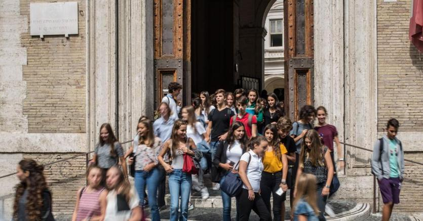 Maturità, Fedeli ha scelto le tracce. 509.307 studenti sosterranno l'esame finale